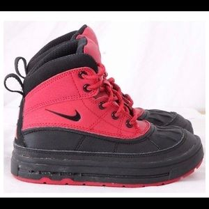 Nike winter boots toddler size 9c
